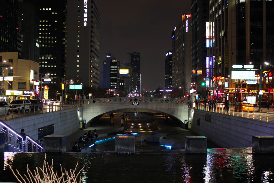 cheonggyecheon-stream-1