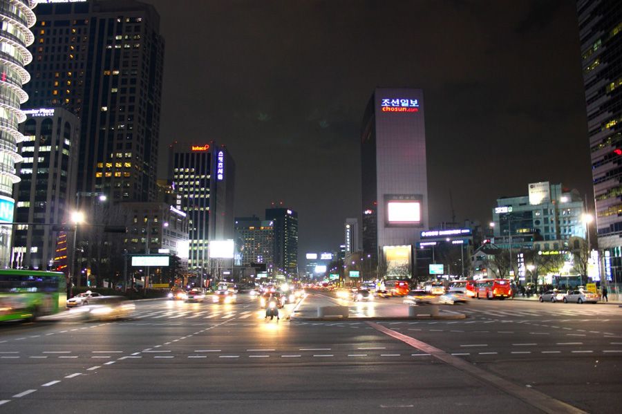 gwanghwamun-square-2