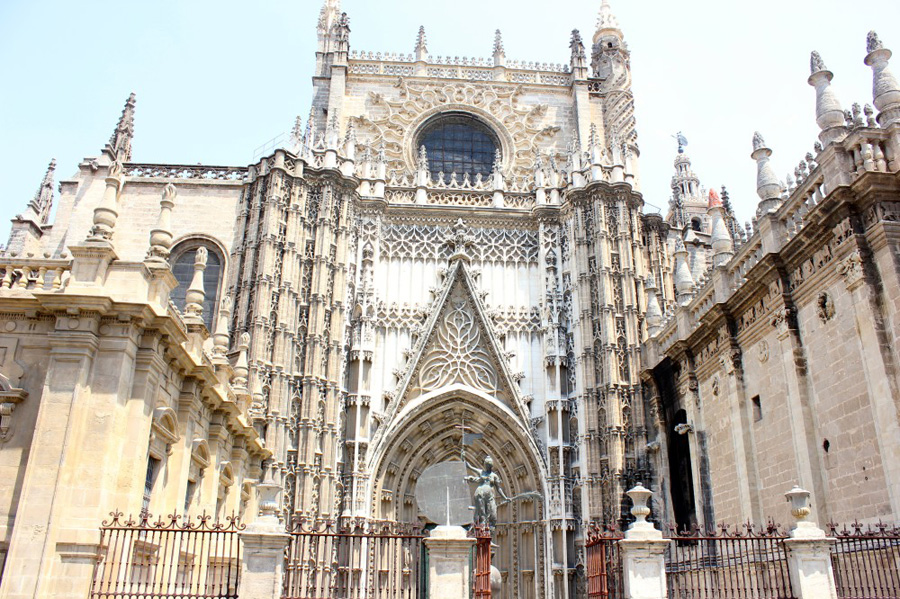 seville-cathedral-2
