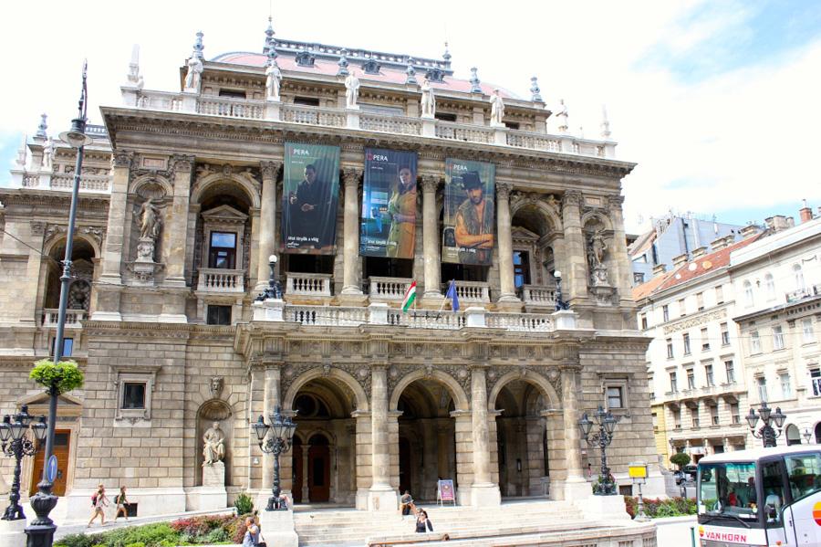 the-opera-house-along-andrassy-1024x682
