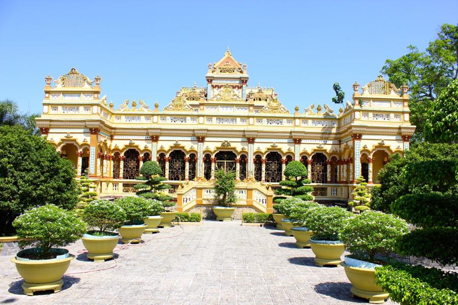 vinh-trang-pagoda-1